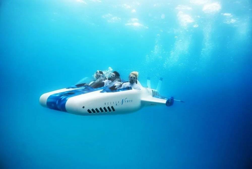 △水下飞机实在酷炫/unsplash